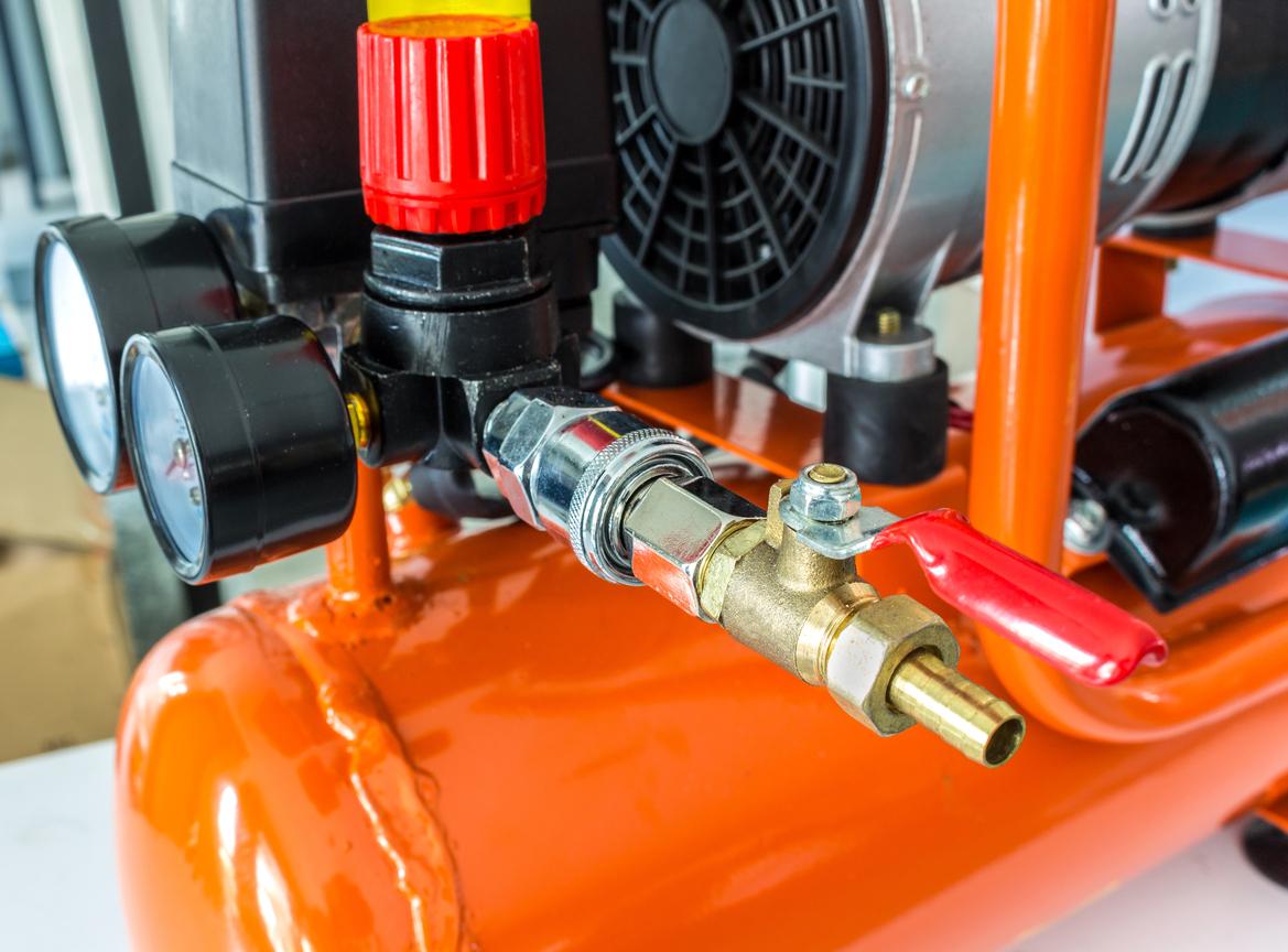 El motor de un compresor de aire